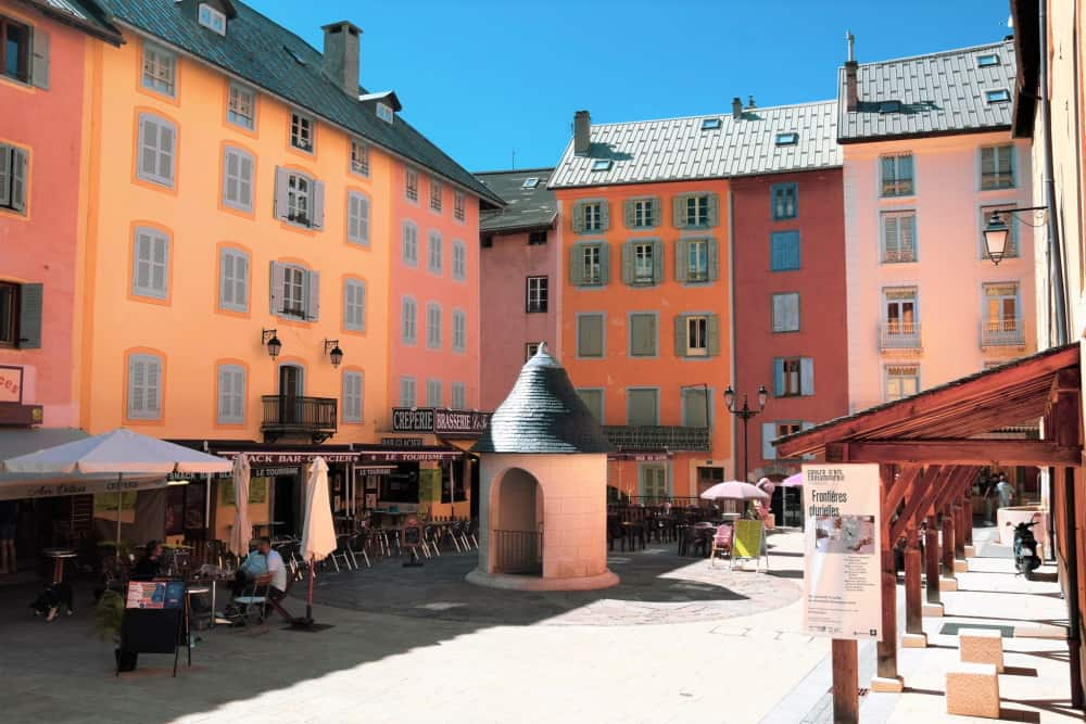 homepage_old town_scaled